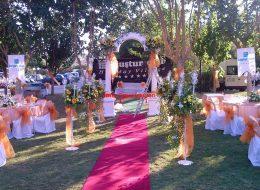 Açılış Organizasyonu Çiçek ve Tül Süsleme