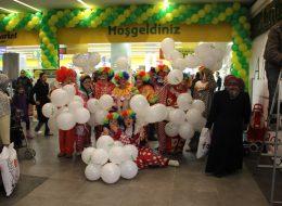 Animasyon Ekibi ile Baskılı Balon Temini ve Baskılı Balonların Dağıtımı İzmir Açılış Organizasyonu