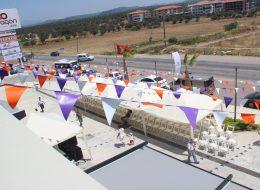 Sandalye Kiralama ve Üçgen Bayrak Süsleme Açılış Organizasyonu İzmir