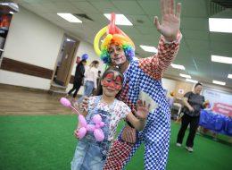 Yüz Boyama ve Sosis Balon Etkinlikleri ile Açılış Organizasyonu ve Palyaço Kiralama