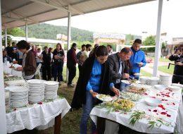 Piknik İkramları ve Catering Ekipmanları Kiralama İzmir