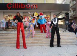 Çizgi Film Maskotları Kiralama ve Tahta Bacak Gösterisi İzmir